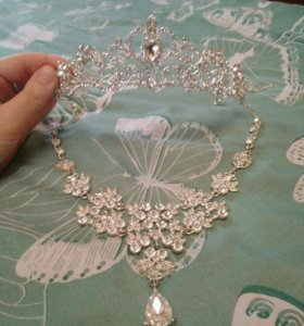 👑 и ожерелье