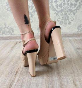 Босоножки на каблуке 👡 👡