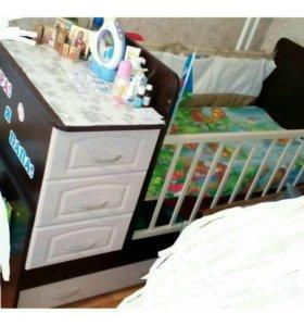 Детская кровать - трансформер с маятником