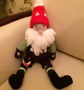 Игрушка hand-made вязаная Рождественский гномик