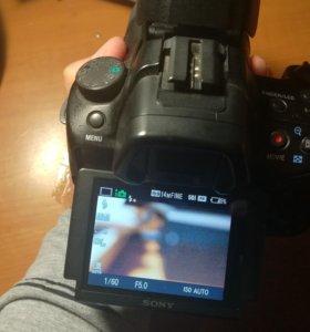 Зеркальная камера Sony