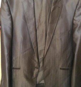 Мужской костюм 50 размер, рост 180-184