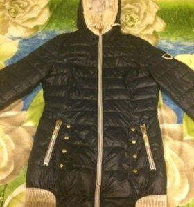 Демисезонная куртка 🧥