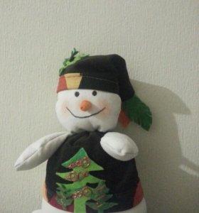 Снеговик ручной работы...очень лёгкий и шуршит