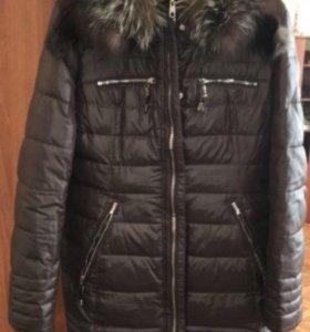 Пуховик (зимняя женская куртка-полупальто)