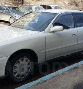 Toyota cresta 1993г