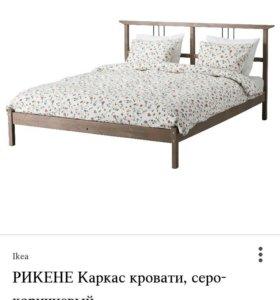 Двуспальная кровать+ матрац