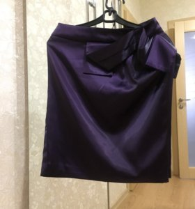Юбка-футляр фиолетовая атласная 34р-р