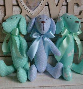 Мягкие игрушки-собачки