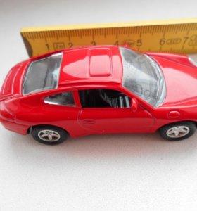 Модель автомобиля PORSCHE 911 CARRERA,