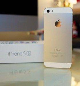 Продам Apple IPhone 5s 16Gb с коллекцией чехлов