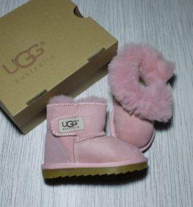 Розовые UGG