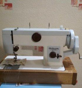Швейная машина Чайка134
