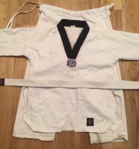 Табок(кимоно)с комплектом защиты тхэквондо
