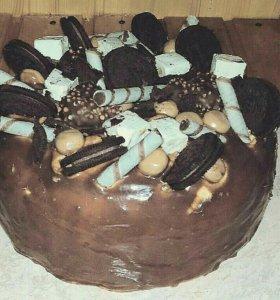 Торты, кексы, съедобные букеты