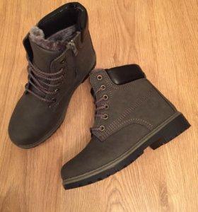 Новые ботинки зимние