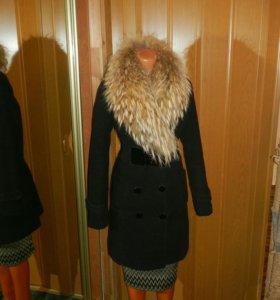 Зимнее пальто с енотом