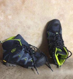 Мембранные ботинки ,37