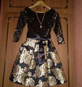 Красивое платье 40 42р