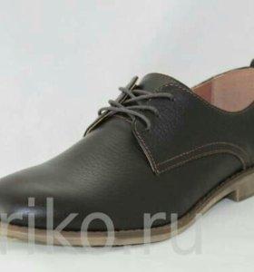 Новые кожаные мужские ботинки