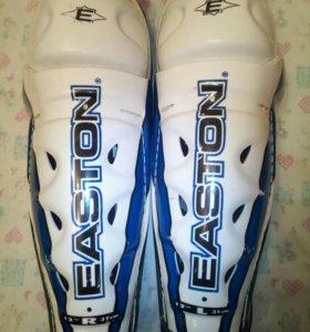 Наколенники для хоккея EASTON