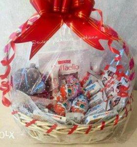 """Новогодний подарок """"Корзина со сладостями!💟🍰🍦🍧"""