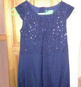 Нарядное платье на возраст 7-10 лет