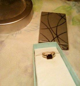 Кольцо серебряное.16 рр