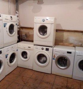 Много разных стиральных машин. Бесплатная доставка