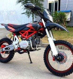Мотоцикл FIGHTER TTR 150 см3