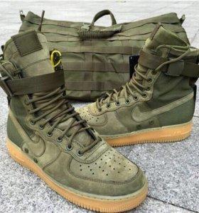 кроссовки Nike Air Force 1 SF-AF1