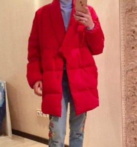 пуховик 44 зимний теплый красный стильный