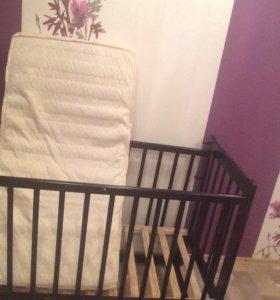 Кроватка +матрасик бортики и балдахин