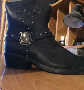 Зимние ботинки «Казаки»
