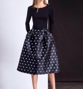 Комплект (юбка и топ) новый, 44 размер