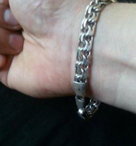 Продам серебряный браслет