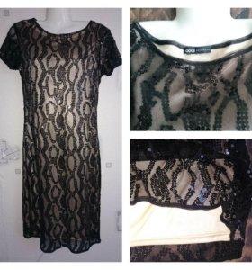 Платье в пайетках 44