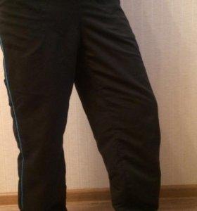 Спортивные новые брюки Reebok