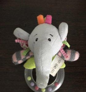 Мягкие погремушки и игрушки для малыша