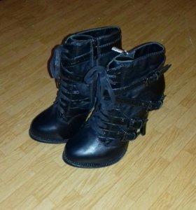 Ботинки размер 37 на38. натуральная кожа