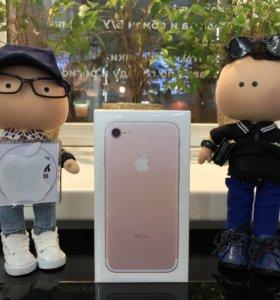 iPhone 7 32GB розовое золото