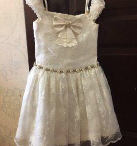 Платье нарядное из бутика Маленькая леди