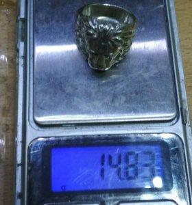 Перстень из серебра лев