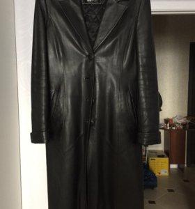 Кожаный плащ- пальто