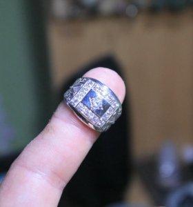 Перстень из серебра