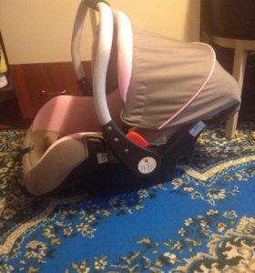 Автолюлька (автокресло) для малыша