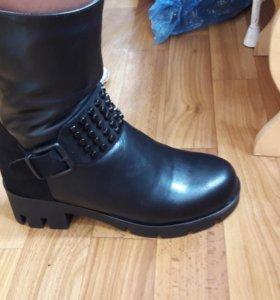 Ботинки новые зимние женские 36размер
