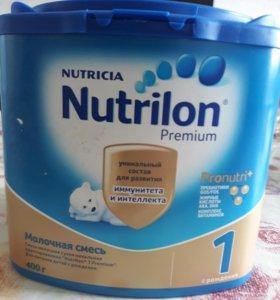 Молочная смесь Nutrition Premium.