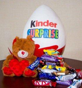 Упаковка для подарка. Киндер сюрприз, love is...