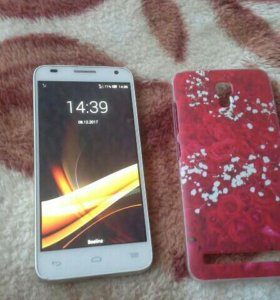 Смартфон Alcatel one touch 6036 Y